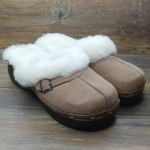 Bearpaw Shearling Lined Clogs